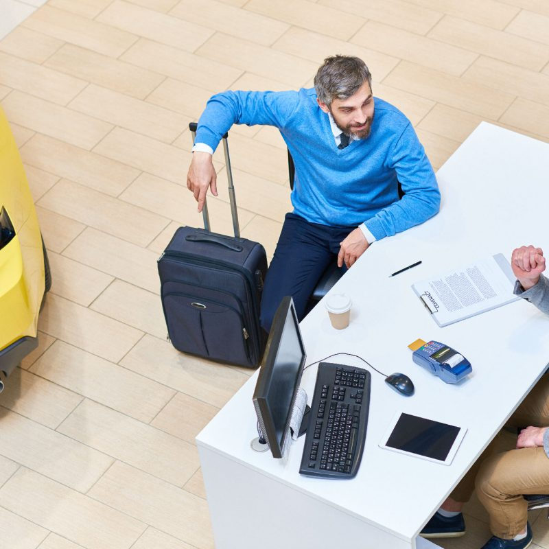 Wynajem samochodu na wyjazd zagraniczny – o czym musisz pamiętać?